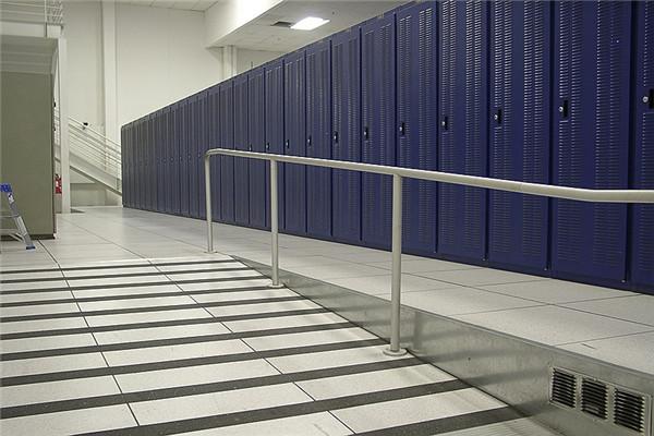 Raised Floor Ramp Construction For Data Center Serve Room Hawton - Data center raised floor weight limits