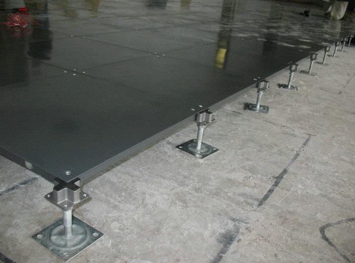 Raised Floor Installation(Corner Lock System)