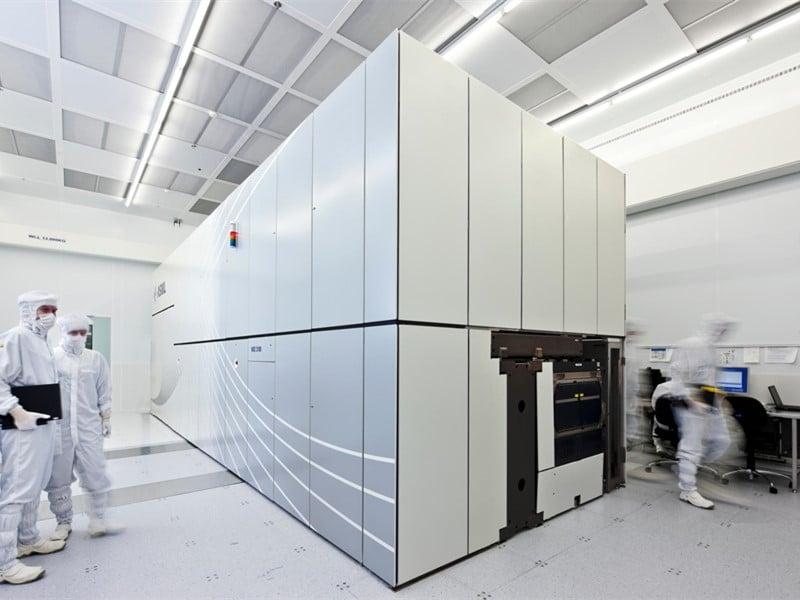 esd flooring in data center