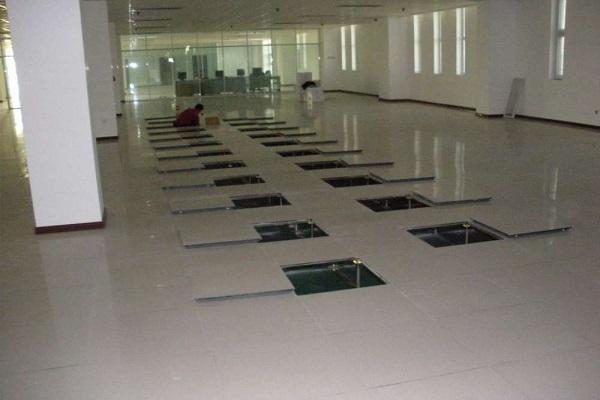 raised floor for workshop