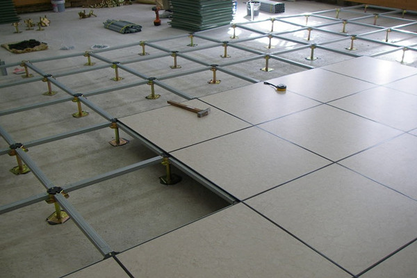 install anti-static raised floor